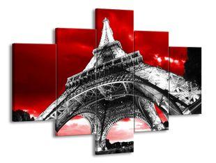Eiffelova věž pod krvavým nebem
