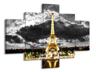 Eiffelova věž ve tmě