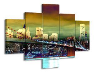 Most s městem v efektu