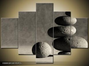 Sloupek kamenů