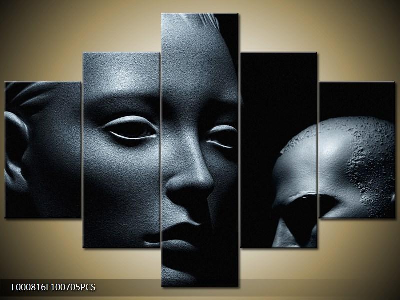 Prázdný pohled sochy