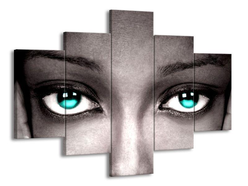 Tyrkysové zářící oči