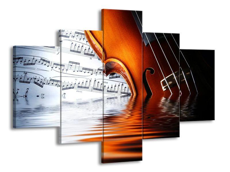 Housle ponořené do hudby