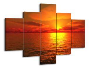 Odraz slunce na moři