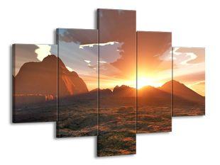 Západ slunce v horách