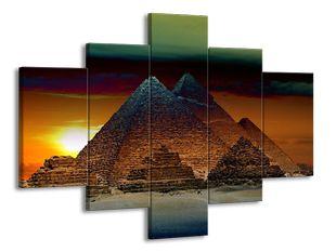 Pyramidy v Egyptě a slunce