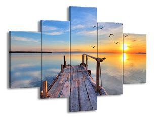 Západ slunce na jezeře