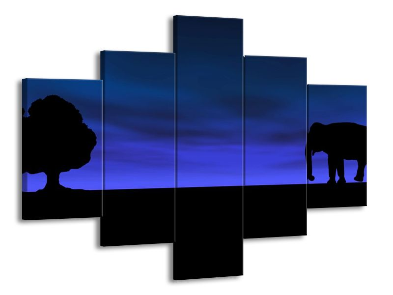 Slon a strom