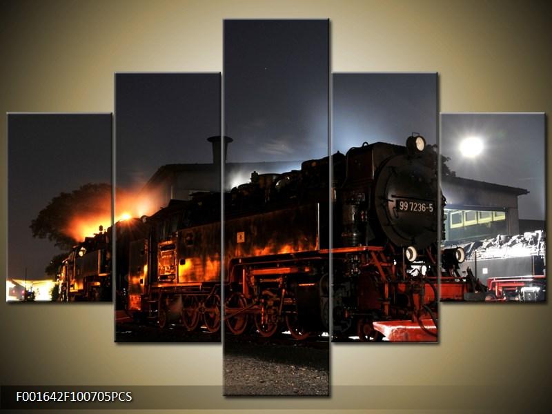 Vlaková souprava v noci