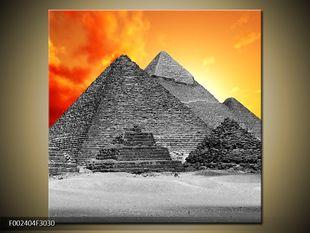 Pyramidy černobíle