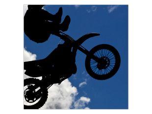 Skok na motorce
