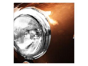 Světlo u auto hnědá