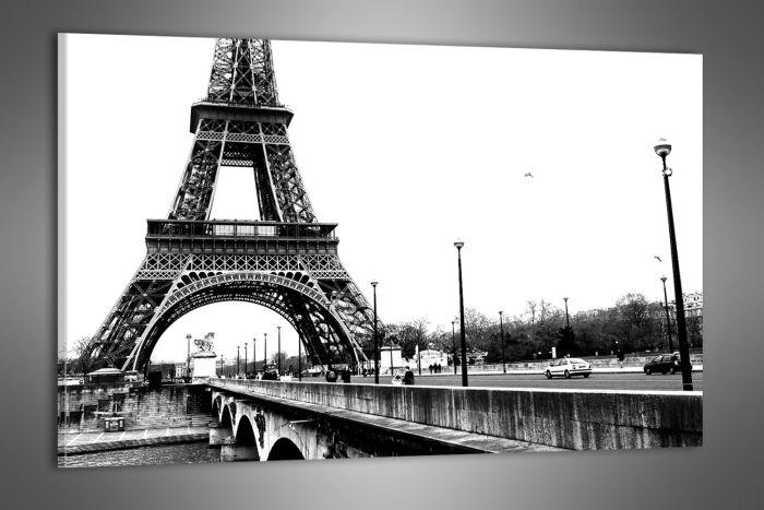 Eiffelova věž černobílá